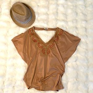 Cache women/'s brown velvet cropped topdistressed velvetvarious patterns and stripedbeads pearlsize 10